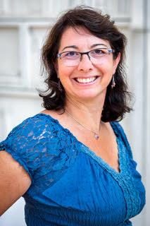 Valérie LARRA